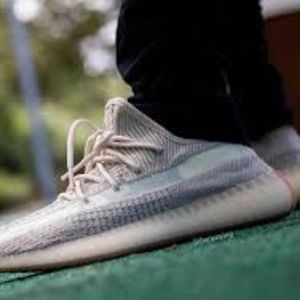 Adidas Yeezy Boost 350 v2 Citrin Sneakers